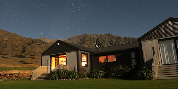Lake Ohau Quarters exclusive accommodation for small group tours