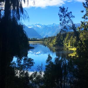 4 lake matheson reflection west coast 2