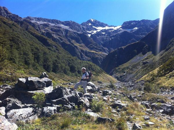 Arthurs Pass Hiking in the sunshine