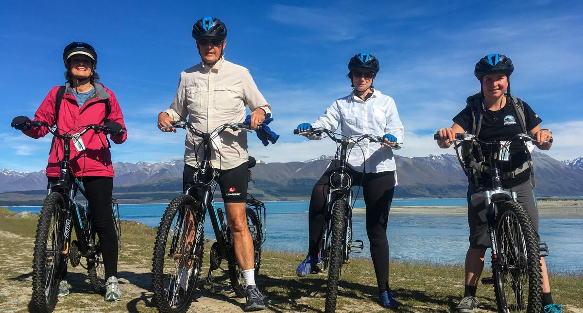 lake-pukaki-biking-group