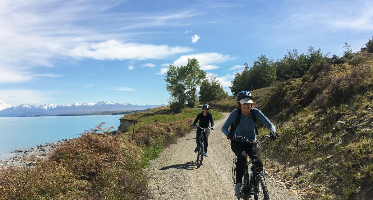 lake-pukaki-biking