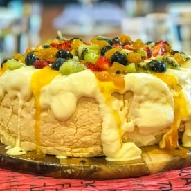 Pavlova Cake at Te Anau, Fiordland New Zealand