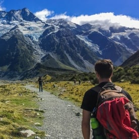 Walking the Hooker Valley Track, Canterbury New Zealand