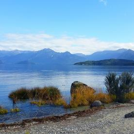 view at lake manapouri new zealand