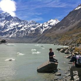 Hikers at Hooker Lake Mt Cook
