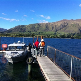 Cruise across Lake Wanaka