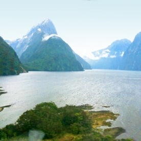 milford sound heli view