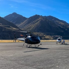 Helicopter tour at Aoraki Mount Cook, Canterbury New Zealand