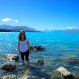 A refreshing Paddle in the stunning Lake Pukaki with Aoraki/Mt Cook in the background